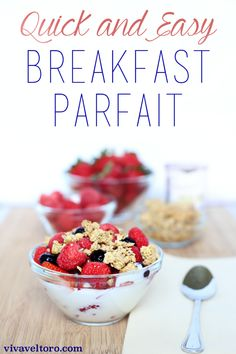 A simple and super easy yogurt parfait breakfast recipe. (spon)