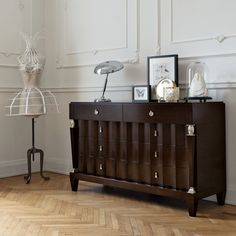Bold yet refined, this sophisticated dresser revisits a mid-century silhouette with a contemporary flair for a visually intriguing statement piece. Luxury Italian Furniture, Deco Furniture, Dresser, Cabinet, Contemporary, Living Room, Interior Design, Daffodils, Storage