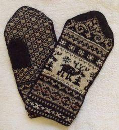 Norwegian Scandinavian hand crafted 100% Wool Mittens, XXL, folk art, Reindeer. $27.00, via Etsy.