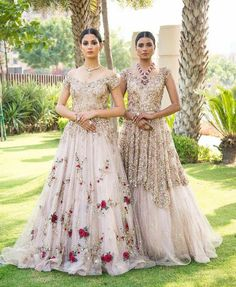 Check images for Dolly J Bridal Collection. Explore their work and contact them for prices and availability. Indian Bridal Wear, Indian Wedding Outfits, Pakistani Bridal, Bridal Outfits, Bridal Lehenga, Indian Outfits, Bridal Dresses, Indian Wear, Mehendi Outfits