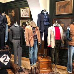 Fashion Retail Interior, Paris Fashion, Mens Fashion, Polo Ralph Lauren, Preppy Dresses, Clothing Displays, Ivy Style, Prep Style, Outfit Grid