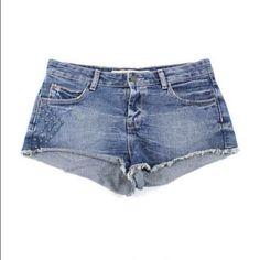 Selling this Zara Studded Distressed Cutoffs in my Poshmark closet! My username is: the_liza_lova. #shopmycloset #poshmark #fashion #shopping #style #forsale #Zara #Pants
