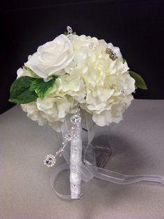 Custom wedding bouquet by Andi (9989)