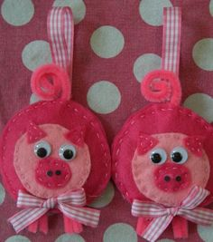 Pig Crafts | Pink Pig Ornaments | Fun Family Crafts