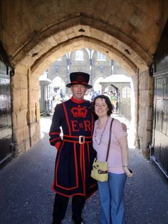 Yeoman (aka: beefeater) at Tower of London knew that all about Chicago.