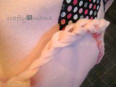 Embellished Fleece Blanket - No Sew Edges    craftyWImama.blogspot.com