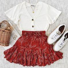 Fashion Mode, Teen Fashion Outfits, Girly Outfits, Look Fashion, Sporty Fashion, Ski Fashion, Petite Fashion, Modest Fashion, Hijab Fashion