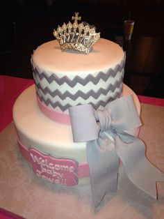 Chevron gray and pink cake  Loven Cakes 573-694-8853
