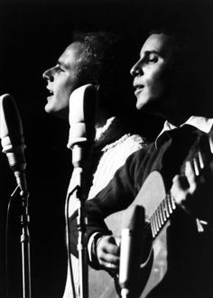 Simon and Garfunkel. °