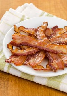 I've tested many different recipes, and this is the way I get the best results every time. Heres how to cook bacon in the oven.  | cookeatpaleo.com