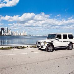 Mercedes-Benz G-Class taking a break from the snow in Miami. Mercedes Benz G Class, New Mercedes, My Dream Car, Dream Cars, Suv 4x4, G63 Amg, Miami Life, My Ride, Fast Cars