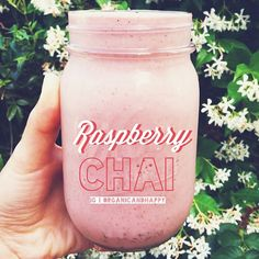 Raspberry chai smoothie: Blend 4 frozen bananas, 1 handful raspberries, a bit of almond milk, 1/2 tsp chai powder