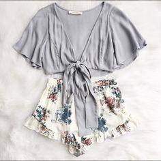 Shop the Francesca Tie Top & Shorts at Frankie-Phoenix.com #summer #floral #outfit