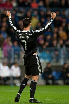 Ballon d'or 2014 : Encore un soutien pour Cristiano Ronaldo - http://www.actusports.fr/126155/ballon-dor-2014-encore-un-soutien-pour-cristiano-ronaldo/
