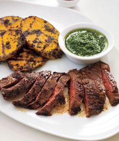 Grilled Skirt Steak and Potatoes With Herb Sauce, lots of healthy steak recipes Steak Dinner Recipes, Steak Recipes, Paleo Recipes, Cooking Recipes, Simple Recipes, Protein Recipes, Fruit Recipes, Amazing Recipes, Sauce Recipes