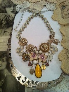 So in love with this one - Vintage Statement Necklace $40