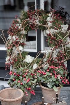 ' Art de la Fleur ' Floral , flowers , Angelique Temmink Waalboer , Autumn wreath , Fall Herfstkrans , Bloemschikken , Workshop.moss , rozenbotteltjes. www.artdelafleur7.nl
