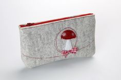 Federmäppchen - Stiftemäppchen Kosmetiktasche DAS ORIGINAL - ein Designerstück von Gluecksbringerin bei DaWanda