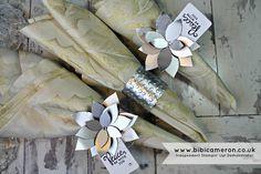 Independent UK Stampin' Up! Demonstrator Bibi Cameron: Metallic poinsettia Napkin Ring - Xmas table decor...