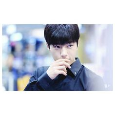 Sorry guys for not update for one week ! But it's bc I have a flu and I really was not feeling well ! .. but I'm GOOD now ^_^ hahaha , okay let's talk about the perfect thing in this pic !! I miss him  so much and that's it !!♥♥ ° ° ° °  #infinite#inspirit#myungsoo#lkim#e_lkim#l#woolliment#woollim#lifnt#kimmsl