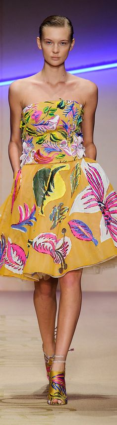 Laura Biagiotti Spring Summer 2015 Ready-To-Wear collection - so tropical - www.seacuisevilla.com