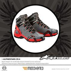 Ayak bileğinin iki tarafındaki köpük destekli koruma tabanıyla darbelere karşı koruyucu Alpinestars ayakkabılardan vazgeçemeyeceksin.