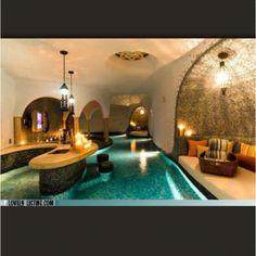 Amazing bar and lounge
