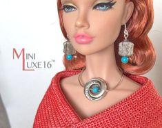 Moda bambola gioielli  collana blu e argento Set  Tonner