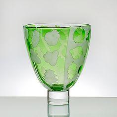 KERTTU NURMINEN - Maljakko, Sign. Kerttu Nurminen, Nuutajärvi Notsjö, 1992.   [h. 21,5 cm, Ø  18,5 cm] Glass Design, Design Art, Contemporary Artists, Modern Contemporary, Wine Glass, Glass Art, Art Nouveau, Art Deco, Lassi