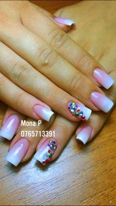 Baby boomer colorfull stone nail art
