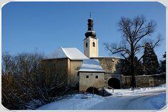 Schloss Gloggnitz wurde in Österreich, Gloggnitz+NÖ. aufgenommen castle (former monastery) Gloggnitz