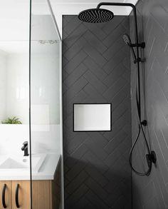Black Tile Bathrooms, Modern Bathroom, Bathroom Design Luxury, Bathroom Design Small, Mini Bad, Bathroom Inspiration, Bungalow, Herringbone Pattern, Beaumont Tiles