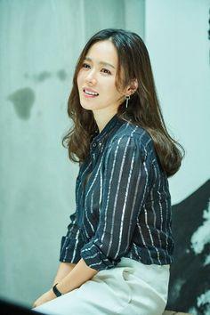 Korean Actresses, Korean Actors, Actors & Actresses, Korean Dramas, Korean Shows, Fashion Dictionary, Hyun Bin, Korean Fashion, Sons