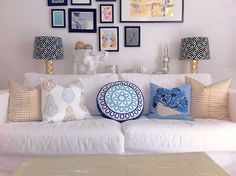 A { Blonde's } DIY Life: Pops of Pillows!