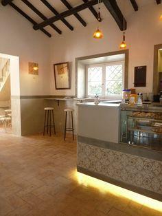 """Restyling Bar Ristorante """"Ribot"""" - Olgiata Roma: Particolare Rivestimento Bancone"""