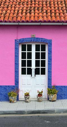 Door in Corrubedo, Spain