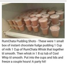 choc fudge pudding, 1 cup of milk, 1 cup of Rumchata(?) or other liquor. Party Drinks, Cocktail Drinks, Fun Drinks, Cocktail Recipes, Alcoholic Drinks, Cocktails, Liquor Drinks, Beverage, Rumchata Pudding Shots