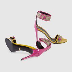 Gucci Women - GG Supreme sandal - 408273KLQD09860