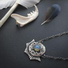 Luna Landing Necklace || Labradorite www.toilworn.com Toilworn Jewellery #moonphases #labradorite