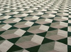 geometric arraiolos rugs +++ www.veraiachia.com