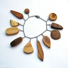 Retiazkový náramok s drievkami / wlkr - SAShE. Pendant Necklace, Jewelry, Jewlery, Jewerly, Schmuck, Jewels, Jewelery, Drop Necklace, Fine Jewelry