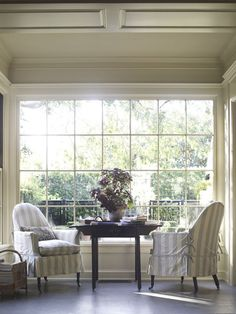 View the portfolio of interior designer Suzanne Rheinstein & Associates in Los Angeles, CA Hall Interior Design, D House, Slipcovers For Chairs, Bay Window, Home Projects, Designer, Living Spaces, Living Rooms, Family Room