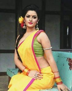 Exclusive stunning photos of beautiful Indian models and actresses in saree. Pori Moni, Bollywood, Bikini Images, Most Beautiful Indian Actress, Beautiful Actresses, Indian Beauty Saree, Indian Sarees, Bengali Saree, Thing 1