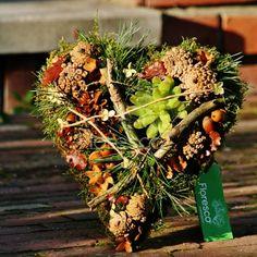 Podzimní dekorace na hrob Nature Decor, Fall Decor, Succulents, Valentines, Concept, Autumn, Table Decorations, Christmas, Handmade