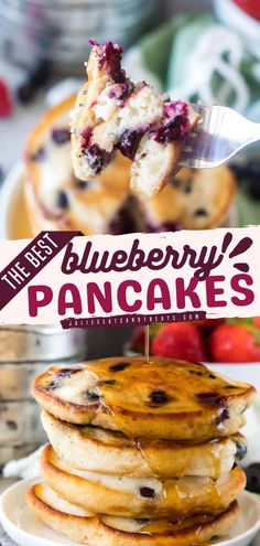 Looking for back to school food ideas? This blueberry pancake will be your go-to tasty breakfast. It also works as a grab-and-go treat. Wait no more, get those blueberries now! Delicious Donuts, Delicious Breakfast Recipes, Brunch Recipes, Yummy Food, Healthy Make Ahead Breakfast, Sweet Breakfast, Breakfast Ideas, Blueberry Pancakes, Fluffy Pancakes