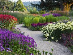 The Trentham Gardens, jardins localizados perto de Stoke-on-Trent, em Staffordshire, Inglaterra, Reino Unido.  Fotografia: © Clive Nichols / Corbis.