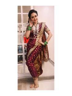 kashibai look Maharashtrian Saree, Marathi Saree, Marathi Bride, Marathi Wedding, Saree Wedding, Kashta Saree, Silk Sarees, India Beauty, Asian Beauty