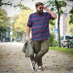 Casual looks for men plus size Chubby Men Fashion, Mens Plus Size Fashion, Large Men Fashion, Plus Size Mens Clothing, Mens Clothing Styles, Mens Fashion, Casual Look For Men, Men Casual, Outfits For Big Men