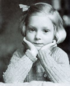 Young Jane Goodall loved animals, books, and books about animals.