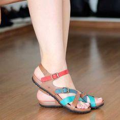 Birkenstock Mayari, Custom Shoes, Retro, Braided Hairstyles, Flip Flops, Legs, Closet, Fashion, Women's Clogs